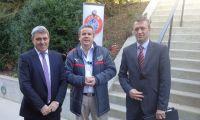 Vokrri dorëzon zyrtarisht aplikimin për anëtarësim e Kosovës në UEFA